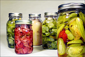 PICKLES, PEPPERS, PASTE & CHUTNEYS